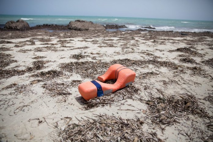 Bodies wash up on Libyan beach